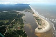 Imagem de praia da jureia